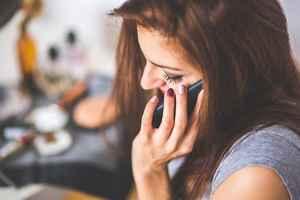 嫌われる人の特徴⑥:言葉の距離感を間違える