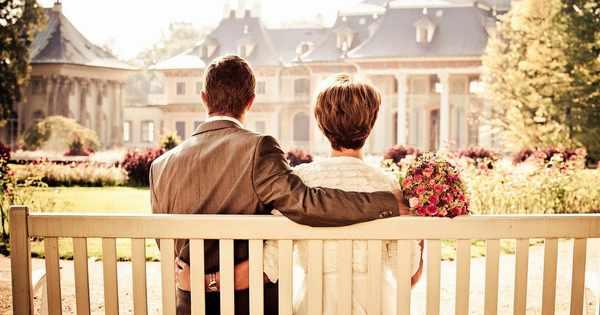 彼氏や夫から愛される女になる8つの条件:ヘッダー画像