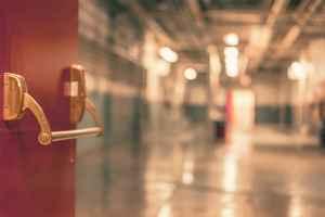 営業のコツ⑨:ドア・イン・ザ・フェイス