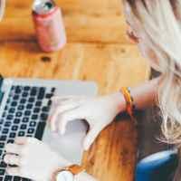 勉強や仕事で集中力を高める方法7つのまとめ:アイキャッチ画像